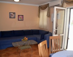Ap.2  comfort living and dinning room jpg