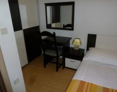 Ap.1 bungalo-bedroom 2-pict-3 jpg
