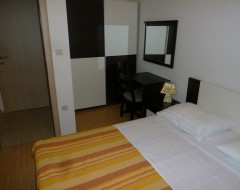 Ap-1-bungalo-bedroom 2-pict-2.
