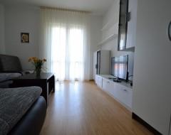 Ap.7,8,9,10  living room b