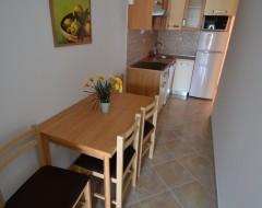 Ap.7,8,9,10 kitchen dinning room