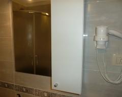 Ap.9,10, bathroom 2 w