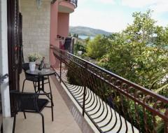 Ap.2 comfort balcony 5 jpg