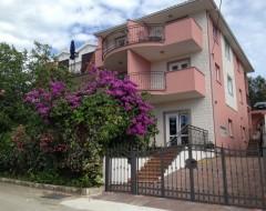 Apartments Nena Trogir